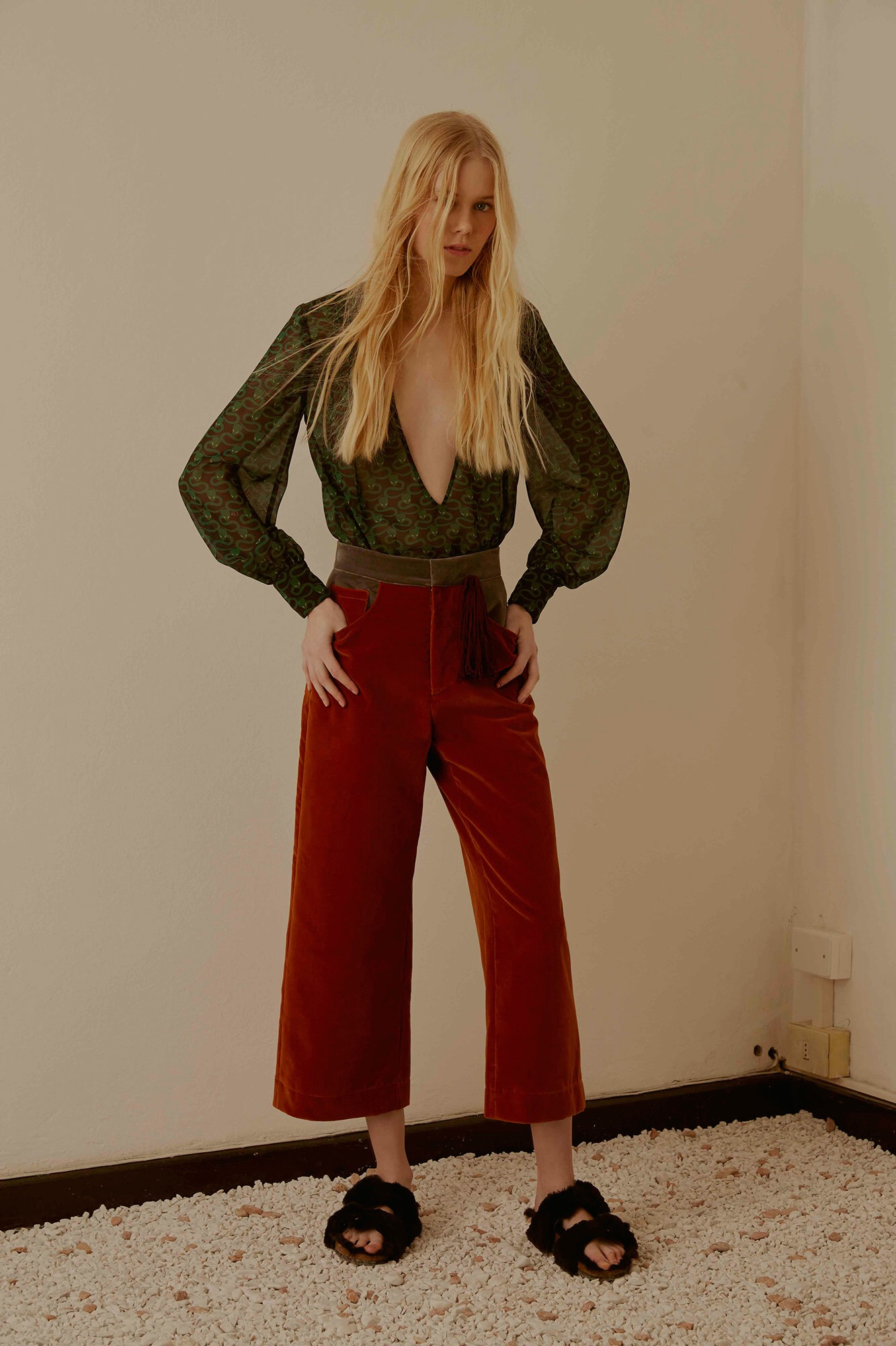 images/cast/20162000010000010=Pre Fall 2016 COLOUR'S COMPANY fabrics x=Au Jour Le Jour